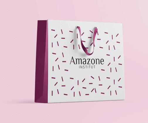 LSZ Communication - Graphiste - Directrice artistique freelance Nantes - #lepetitoiseaudelacom - AMAZONE INSTITUT - Esthéticienne - plaquette - dépliant - carte de visite - Carte cadeau - Logo