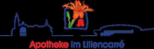 Orangene Lilie ragt aus blauem Quadrat, darunter als blaue Linie die Silhouette des Wiesbadener Bahnhofs, darunter der Schriftzug Apotheke (rot) im Liliencarré (blau)