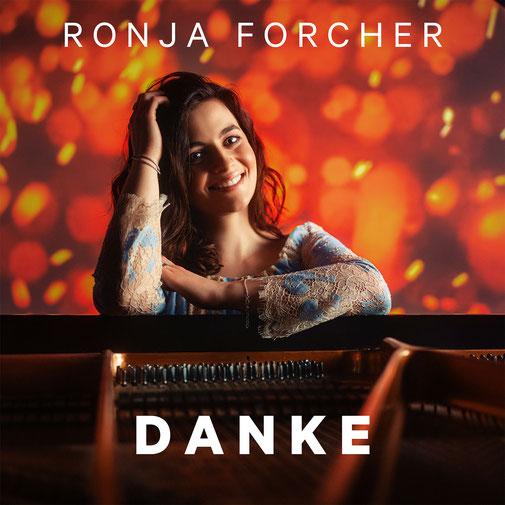 "Das Cover von Ronjas  Debütsingle ""Danke"".  (c) Enen Kucevic"