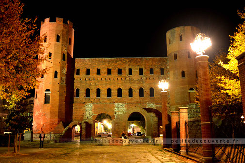 Porta Palatina Porte Palatine Turin