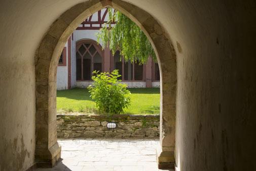 Porta  patet – cor magis. (Kloster Eberbach)