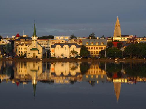 Reykjavik: Blick auf den Tjörnin See