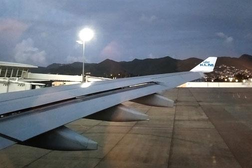 Flugzeugpanne, warten im Flugzeug