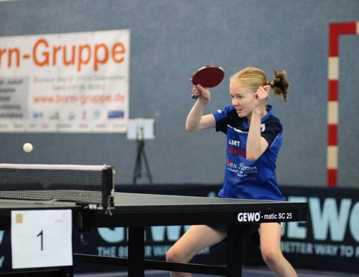Die U18-Landesranglistenerste Chiara Steenbuck avancierte am jüngsten Spieltag in der Damen-Oberliga Nord-Ost zur fleißigsten Schwarzenbeker Punktesammlerin.