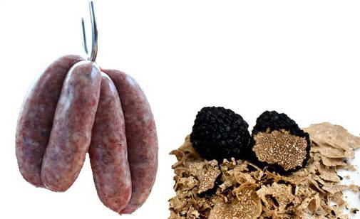 Trüffelwurst - getrüffelte Wurst. Diese Trüffelwürste sind eine Variation der grob gemahlenen italienischen Wurst und des französischen Toulouse. Sie sind ohne Emulgatoren, ohne Stärke und ohne Konservierungsstoffe - nur Fleisch, Salz, Pfeffer und Trüffel