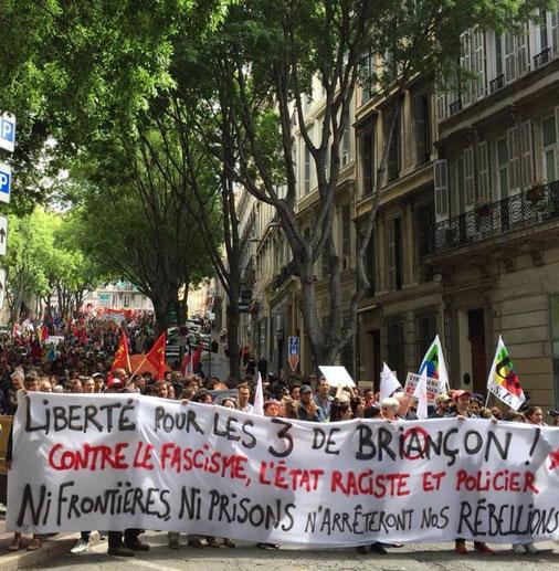 Solidaritetsdemo med de tre anklagede fra Briançon i den sydfranske by Marseille
