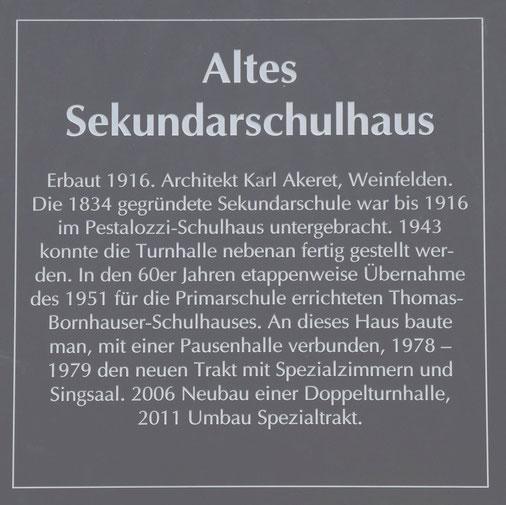 die Infotafel am Thomas-Bornhauser-Schulhaus