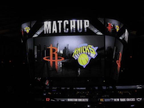 New York Knick vs Houston Rockets al MSG