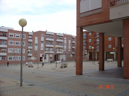 Calle Nuñez esquina plaza Beatriz Galindo