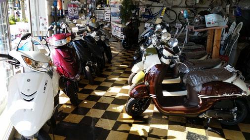 上尾サイクルオート店内バイク画像