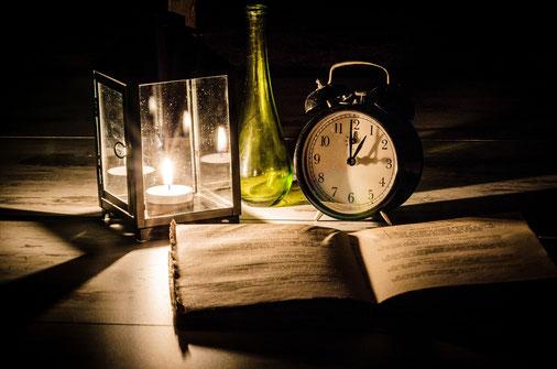 Prenons plaisir à lire, à méditer la Parole de Dieu qui ouvre nos yeux sur le sens de la vie et qui éclaire nos pas. Soyons déterminés à vivre pleinement notre vie en toute conscience avec gratitude et honnêteté et en vivant intensément l'instant présent.