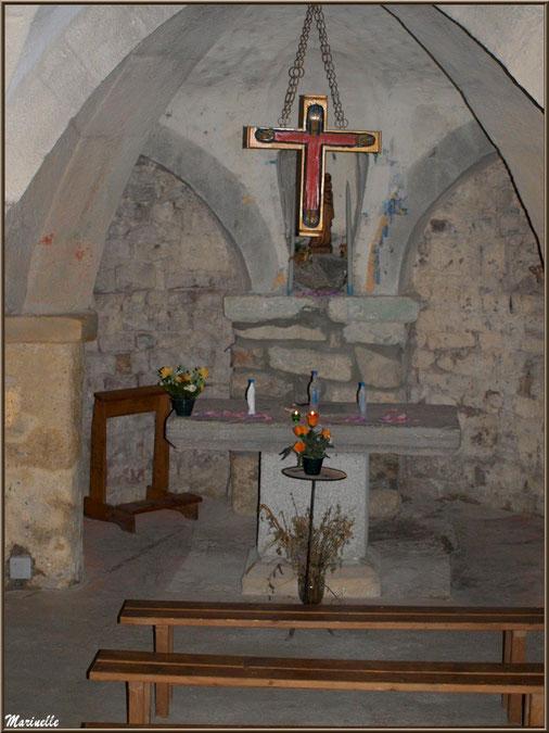 Autel de la chapelle du hameau de Gabas, Vallée d'Ossau (64)