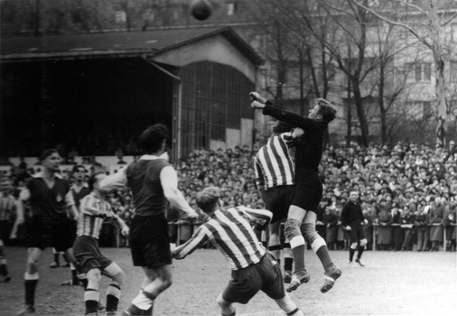Blick auf die Tribüne des VfL Köln 1899 (Damals noch Kölner Sport Club)