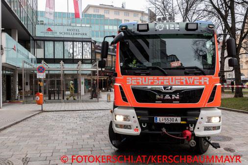 Feuerwehr; Blaulicht; Fotokerschi.at; Brand; Casinogebäude; Linz;