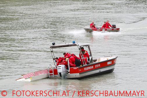 Feuerwehr, Blaulicht, Fotokerschi.at, Brand, Küche, Ansfelden