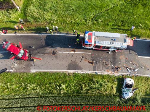 Feuerwehr, Blaulicht, Fotokerschi.at, Unfall, B131