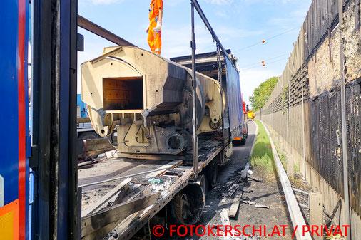 Feuerwehr, Blaulicht, Fotokerschi.at, Schardenberg, PKW, Unfall, Baum