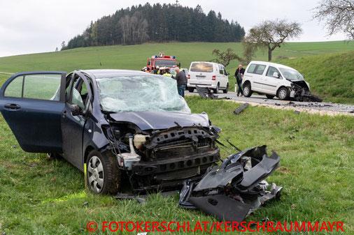 Feuerwehr, Blaulicht, Unfall, Pabneukirchener Straße, Fotokerschi.at, Bezirk Perg