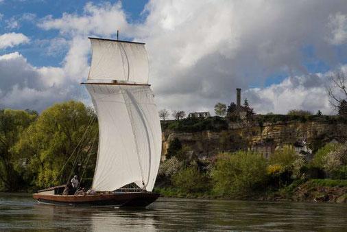 AOC-Vouvray-activite-insolite-visite-vignoble-cave-degustation-vin-balade-bateau-Loire-Touraine-Tours-Amboise