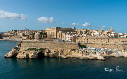 """Meine Höhepunkte in Malta Mdina - die mittelalterliche und ehemalige Hauptstadt Maltas und Drehort von """"Games of Thrones"""" Die Einfahrt in den wundervollen Hafen der Hauptstadt Valetta Ein Spaziergang durch Valletta - die Hauptstadt Maltas und UNESCO-Welte"""