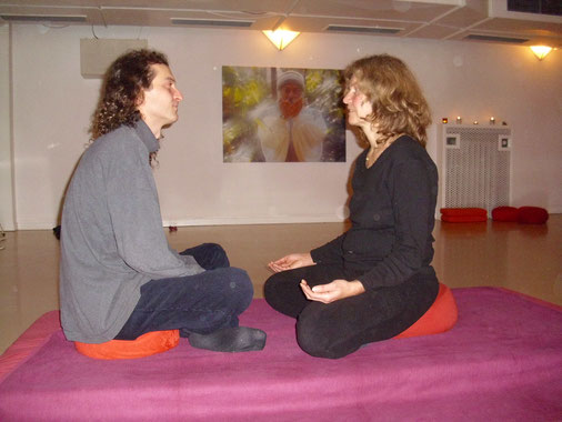 Atman and Kabiro by the Eye meditation in the Osho Tabaan meditation center, Hamburg, 2011