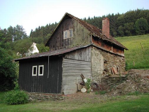 Der beklagenswerte Zustand des Gebäudes vor der Renovierung.