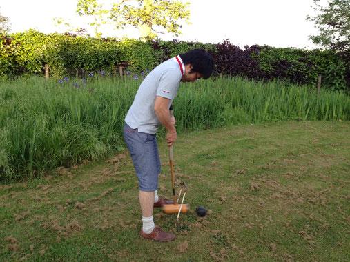 6年後の2011年に再び訪れた際も庭でイギリスのスポーツ『クロッケー』を楽しみました!