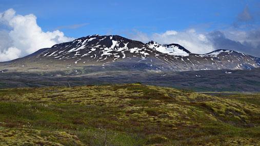 Landschaft auf der Weiterreise nach Reykjavik