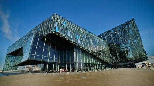 Opern und Konzerthaus Harpa in Reykjavik