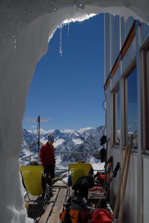 Hier après midi sur la terrasse du Promontoire... pas trop dure la vie ?