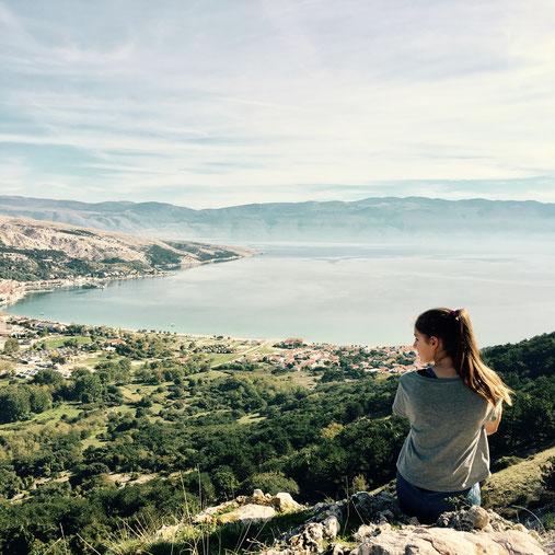 Blick auf die Bucht von Baska, Krk