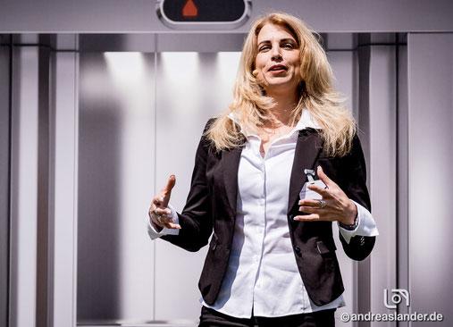 Liz Parrish beim 15. 2b AHEAD Zukunftskongress in Wolfsburg