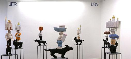 JERUSALEM, 2017 -20, Keramik, Holz, Linol-Holzschnitt, Ausstellungssituation  Kommunale Galerie Berlin 2020. Video zur Installation JER USA LEM bitte ins Bild klicken.