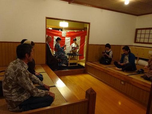 坐禅堂での茶会