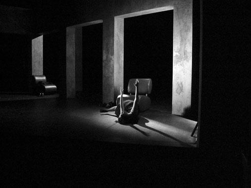 Rose la nuit australienne - théâtre de la rampe