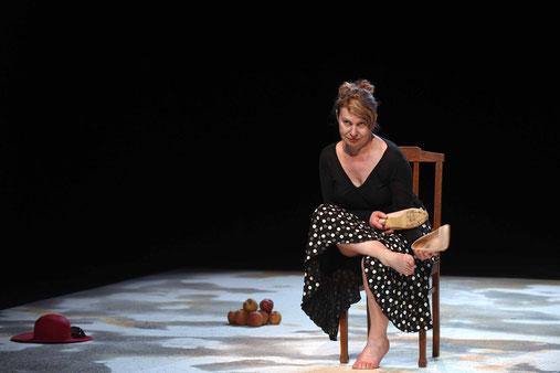 La Femme aux Bulots - Annie Pican