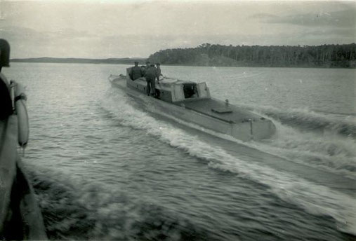 """Versuchsboot """"Gerda"""" ca. 1926 vor Travemünde -Foto: Archiv 7. SGschw"""
