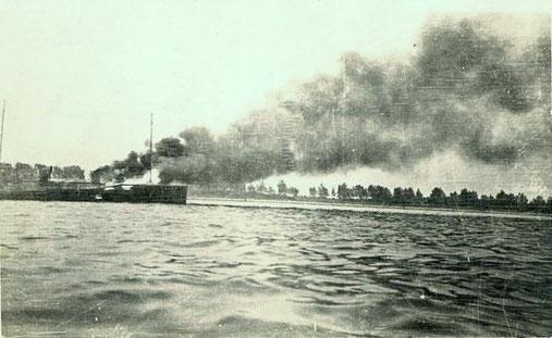 Brand eines Schnellbootes auf dem Priwall in Travemünde ca. 1926 - Foto: Archiv 7. SGschw