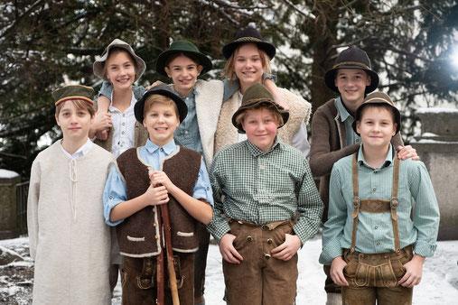 Hirtenkinder der Musikmittelschule Henndorf