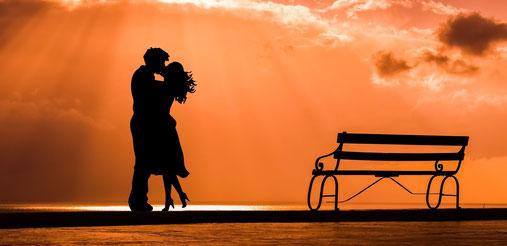 Save the Date anschließend an die Verlobung aussenden!