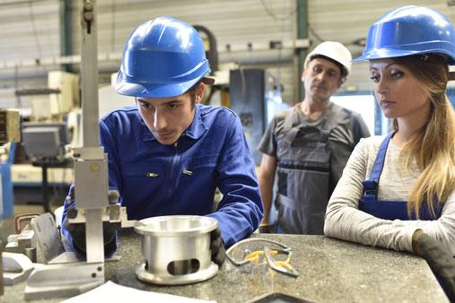 建設 溶接作業 型枠施工 鉄筋組立 ダクト板金 技能実習生