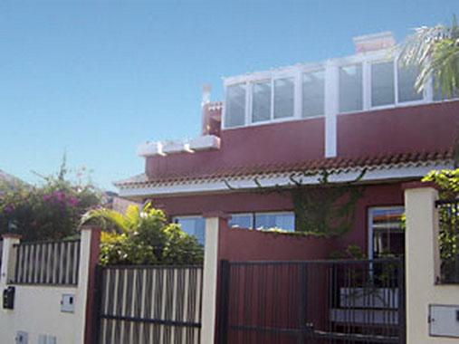 Exclusives Ferienhaus mit seperatem Ferienapartment ideal für Familien und Kindern für bis zu 10 Personen in La Quinta, Santa Ursula auf Teneriffa im grünen Norden.
