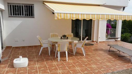 Preiswertes Ferienhaus in ruhiger Lage bei Chaofa im Süden auf Teneriffa mit Terrassen und Meerblilck.