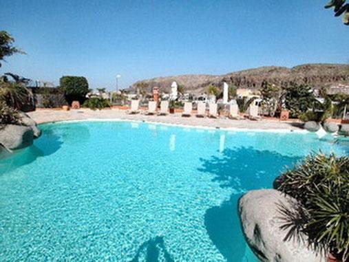 Ferienapartment mit beheiztem Pool und Mee