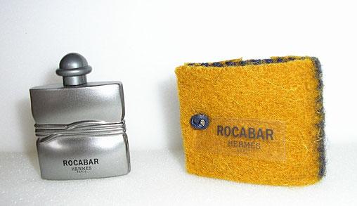 ROCABAR - FLACON METALLISE ARGENT DANS POCHE EN ECRIN