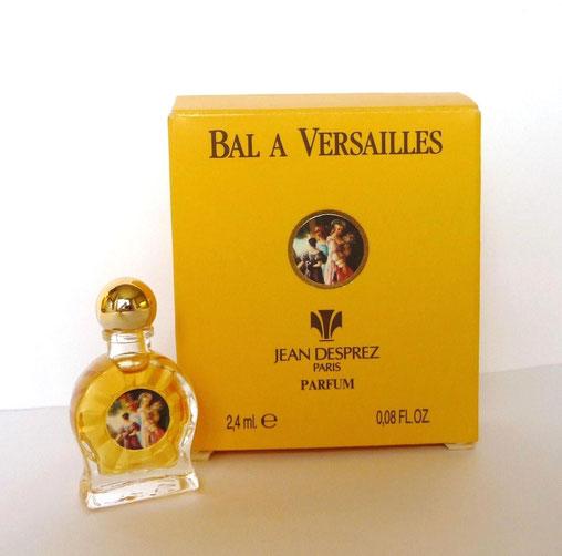 BAL A VERSAILLES - PARFUM 2,4 Ml - BOUCHON BOULE DORE : MINIATURE SUR PIED-DOUCHE