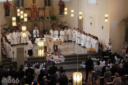 Kommunion in der Kirche St. Peter&Paul, Neuwied