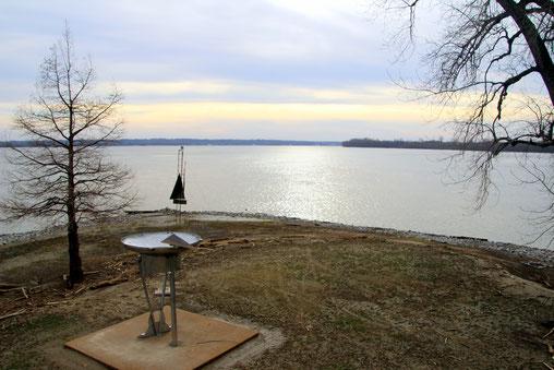Fort Defiance State Park: Mündung Ohio River (von links) in den Mississippi River (von rechts)
