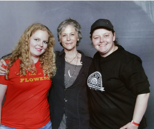 Photo op at Walker Stalker Con London with Melissa McBride