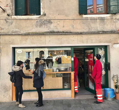 günstige Cicchetti bar Santo Croce Venedig